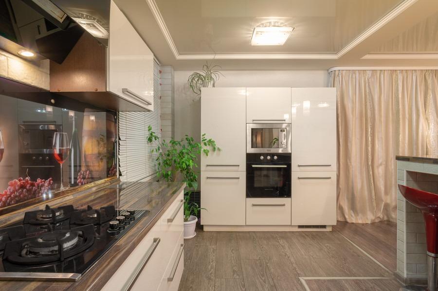 Белый кухонный гарнитур-Кухня из пластика «Модель 2»-фото4