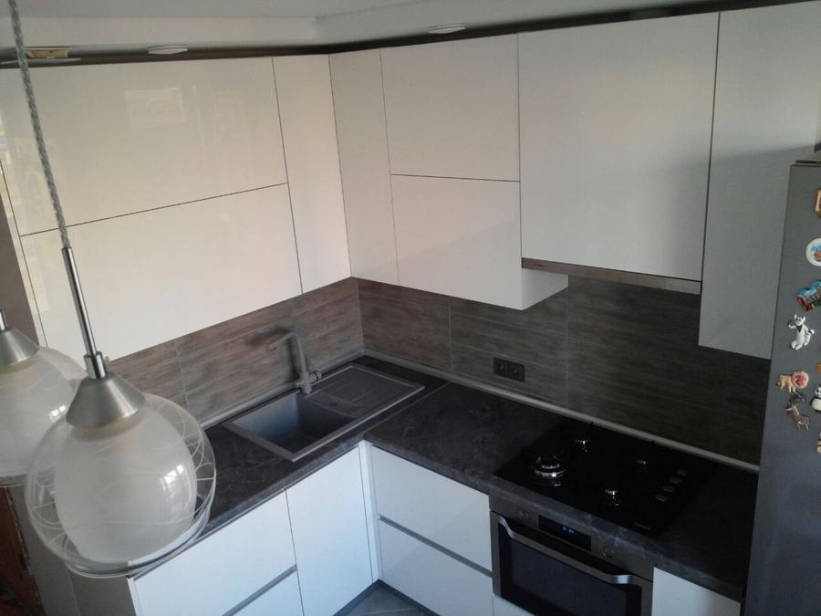 Белый кухонный гарнитур-Кухня из пластика «Модель 361»-фото3