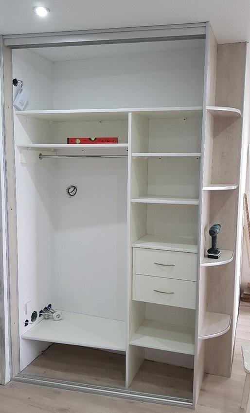 Белые шкафы-купе-Шкаф-купе с зеркалом «Модель 387»-фото2