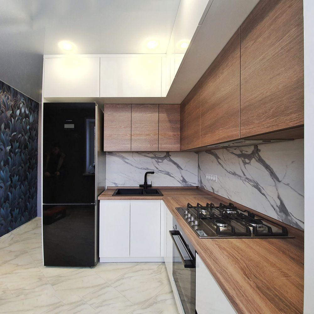 Белый кухонный гарнитур-Кухня МДФ в эмали «Модель 529»-фото3