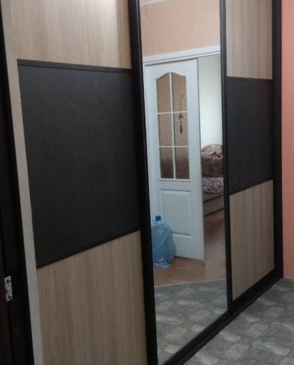 Бельевой шкаф-купе-Шкаф-купе с зеркалом «Модель 333»-фото2